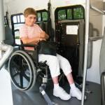 Инвалидная коляска в автобусе